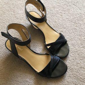 Nine West black ankle strap Sandals  size 7